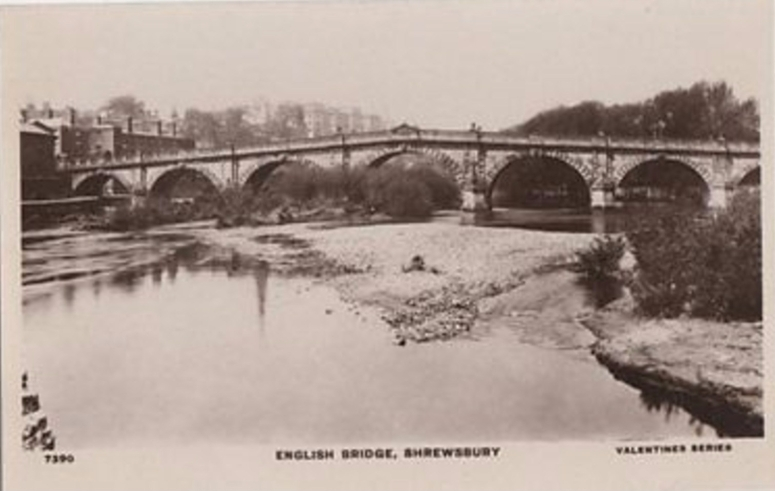 885_001_english-bridge-shrewsbury-vintage-rp-postcard-450b
