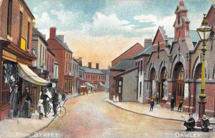 Dawley-England-High-Street-Antique-Postcard-J80036.jpg